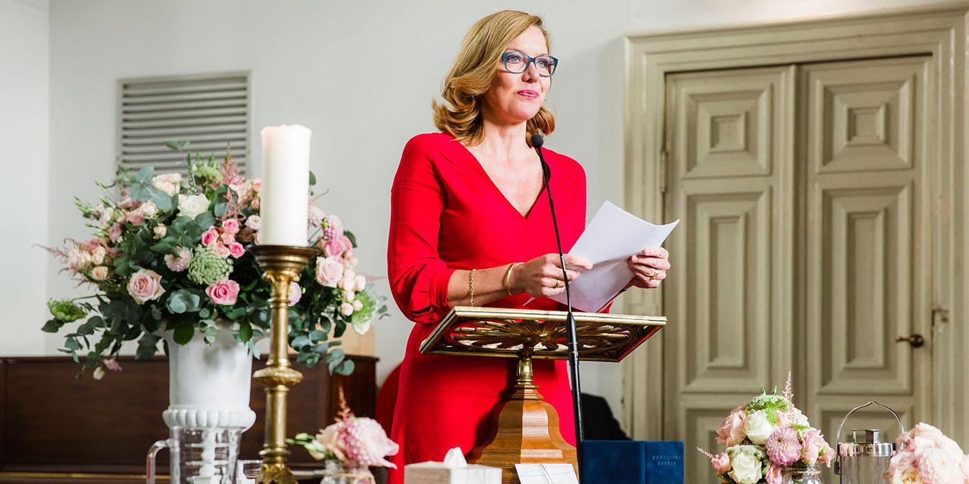 Pauline Suidgeest Ceremoniespreker - Trouwen, Rouwen, Speechen